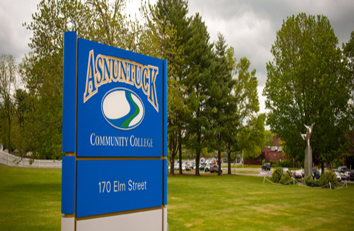 Asnuntuck Community College Main Entry, Roof Replacement & Advanced Manufacturing Center